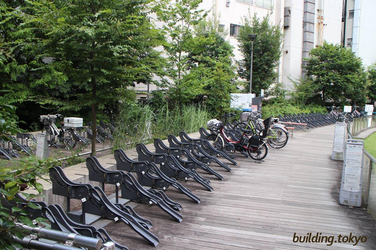 赤坂Bizタワー、自転車駐輪場。