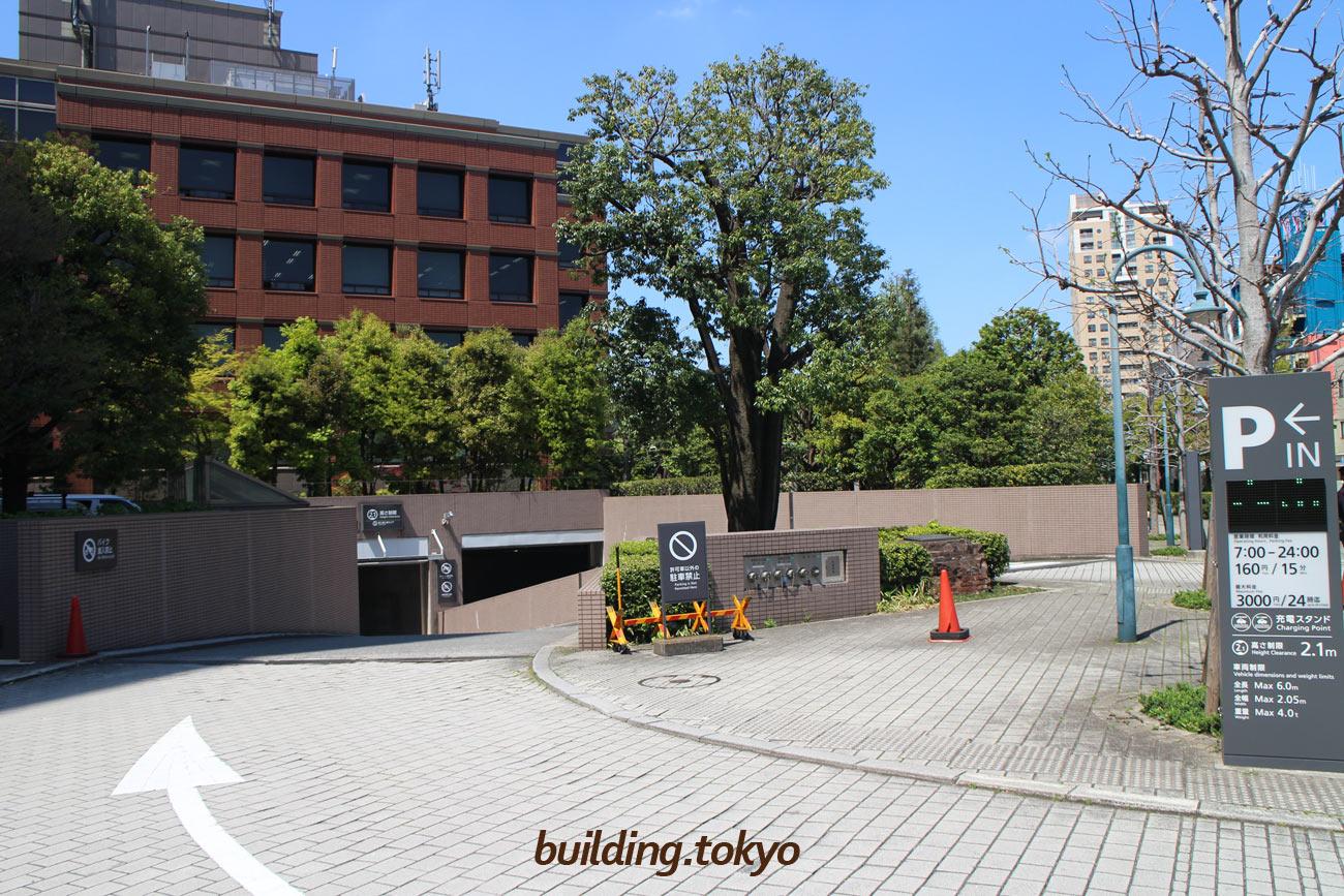 恵比寿ガーデンプレイス,駐車場東入口