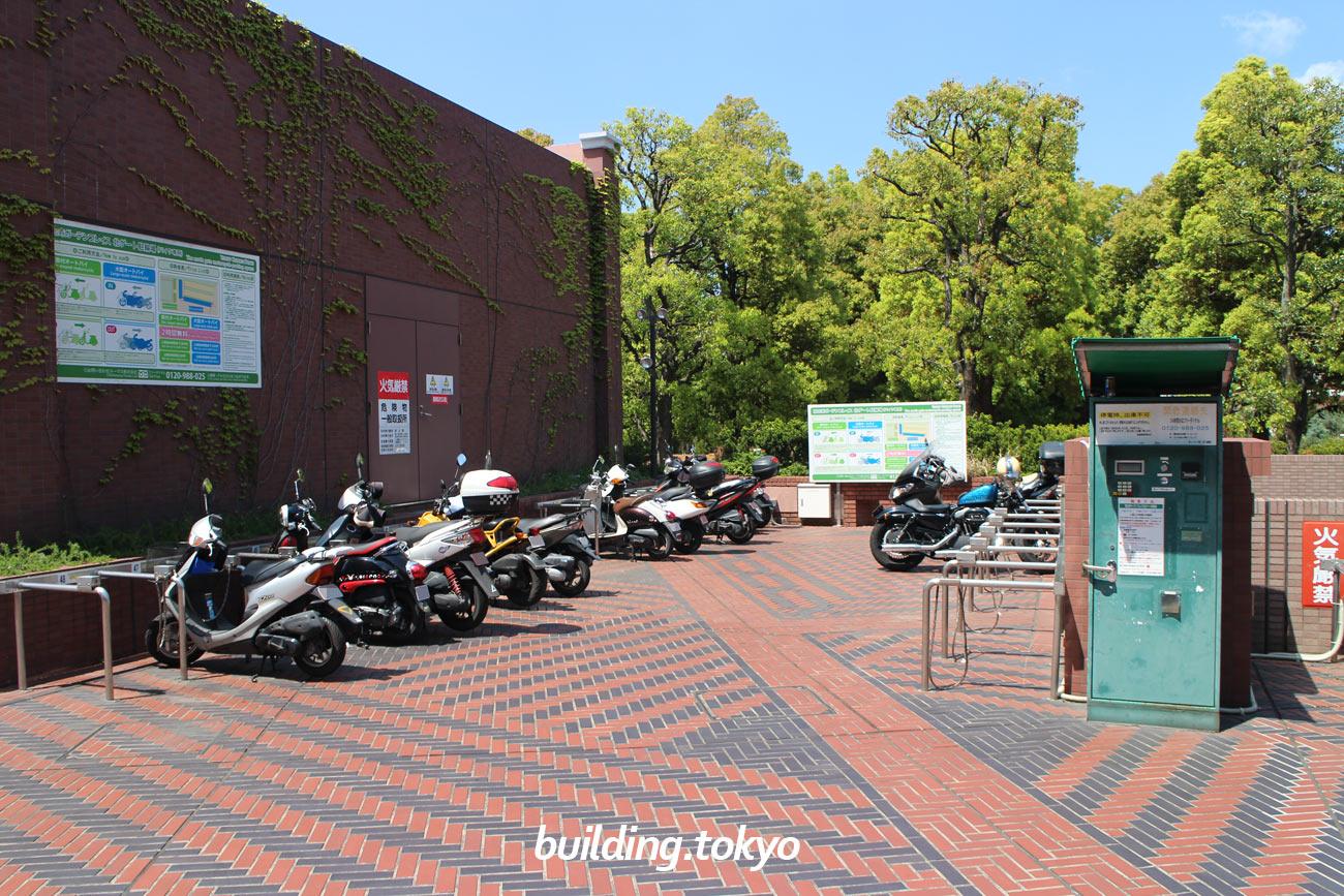 恵比寿ガーデンプレイスタワー,バイク駐車場