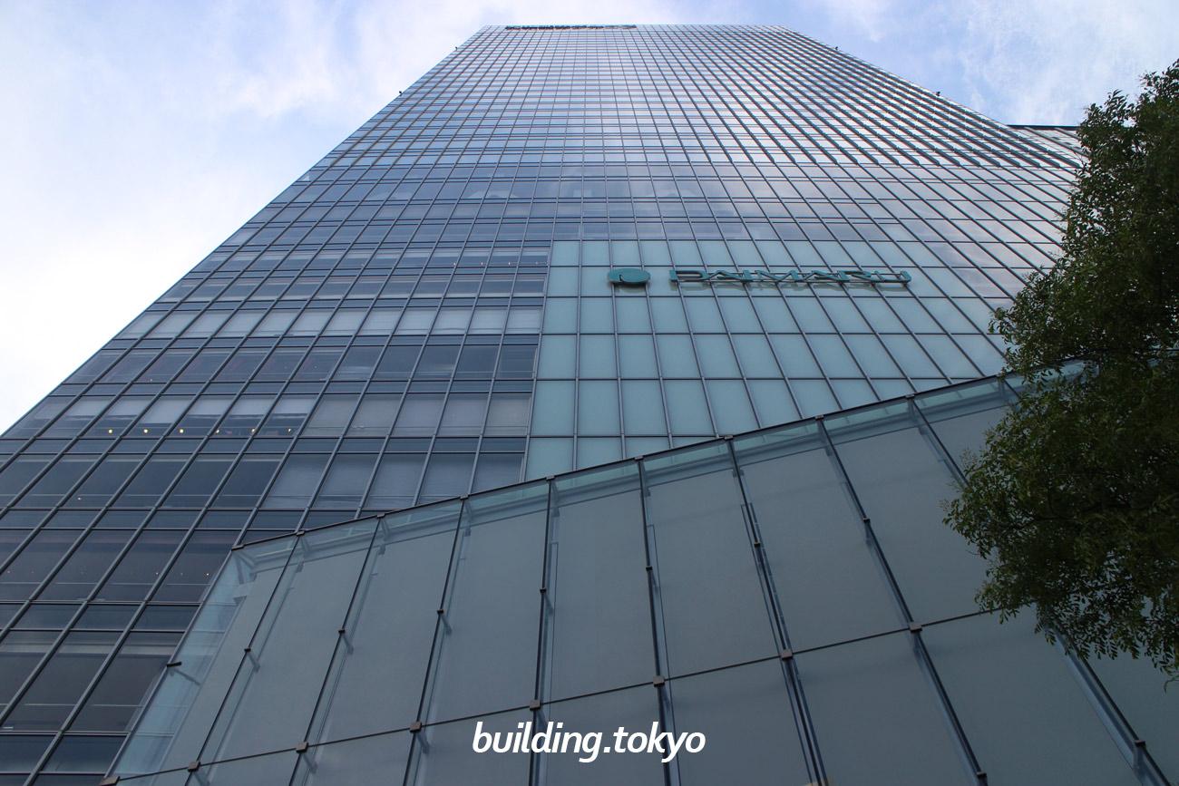 グラントウキョウノースタワー。