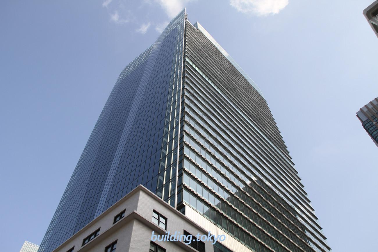 JPタワーは、6階に屋上庭園 のKITTEガーデン、4・5階にJPタワー ホール&カンファレンス、2・3階にインターメディアテク(IMT)、地下1階に東京シティアイがあり、地下1階から6階まではKITTE(キッテ)です。