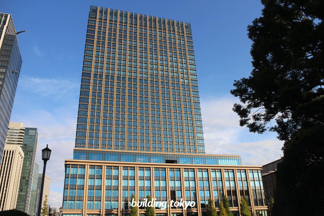 丸の内二重橋ビルは、2018年10月15日に竣工した富士ビル・東京商工会議所ビル・東京會舘ビルの3棟一体建て替えを実現した新たなビルです。