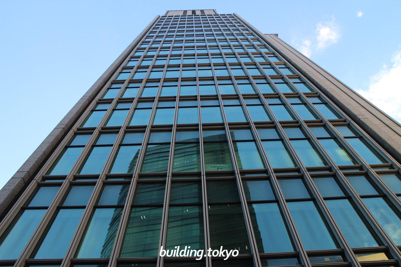 銀座三井ビルディング
