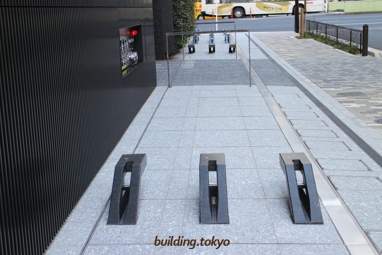 ミュージアムタワー京橋、自転車駐輪場