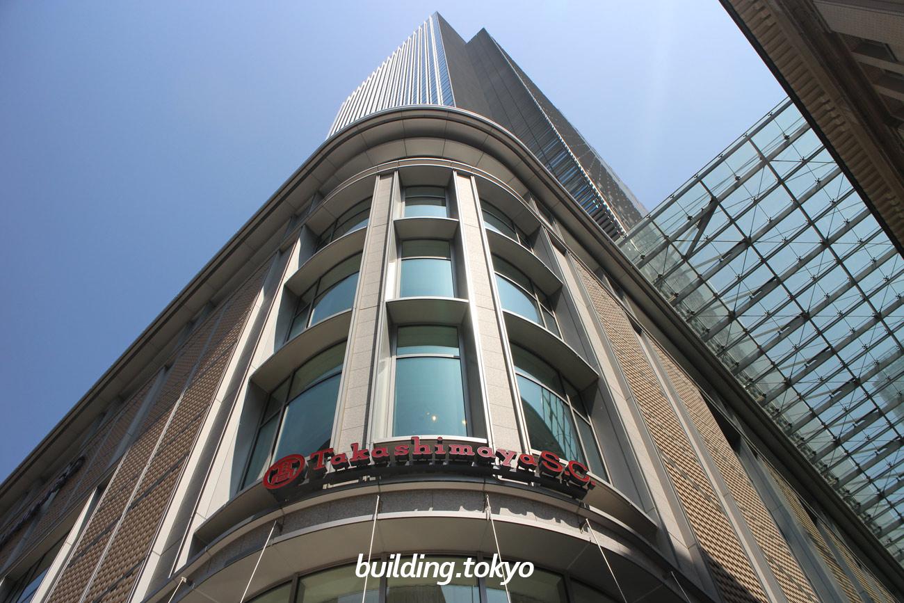 日本橋高島屋三井ビルディングは、東京メトロ銀座線・東西線の「日本橋駅」に直結しており、10階~32階:オフィス、9階:日本橋ホール・オフィスロビー、7階:屋上庭園、地下1階~7階:日本橋髙島屋S.C.新館、地下5階~地下2階が駐車場です。