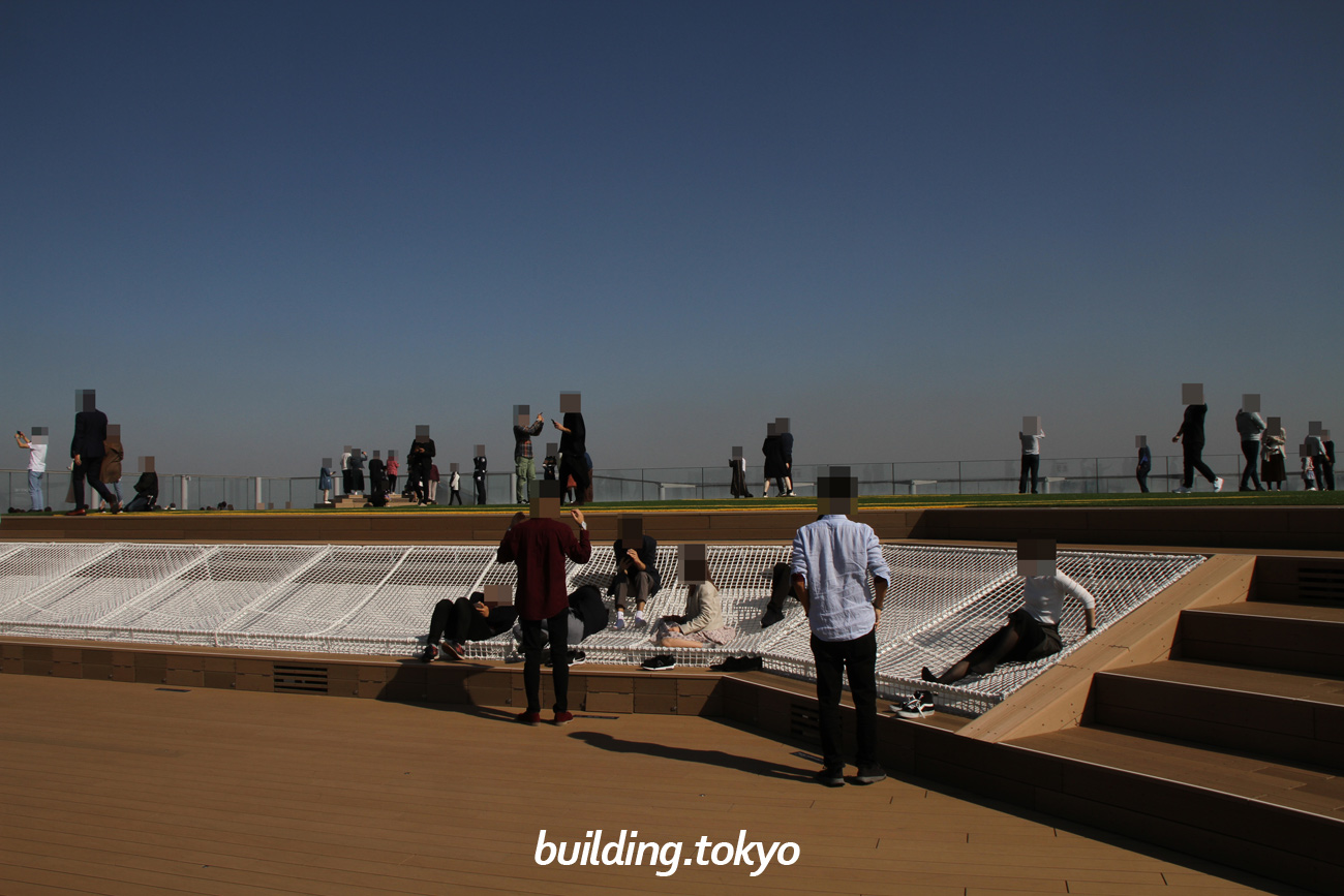 SKY STAGE(スカイステージ) ROOF TOP(屋上)の様子