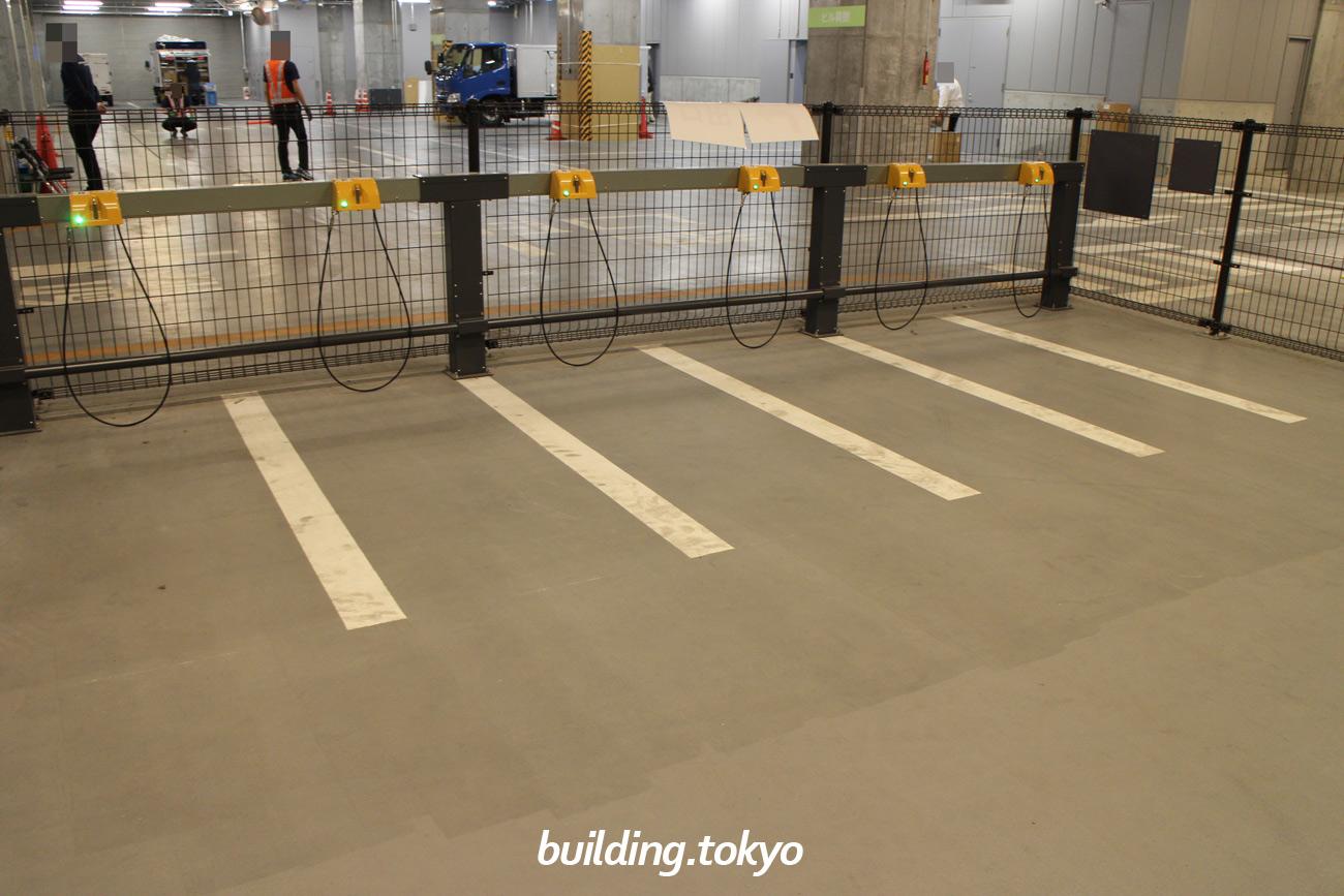 渋谷フクラス(東急プラザ渋谷)バイク駐車場、原付用