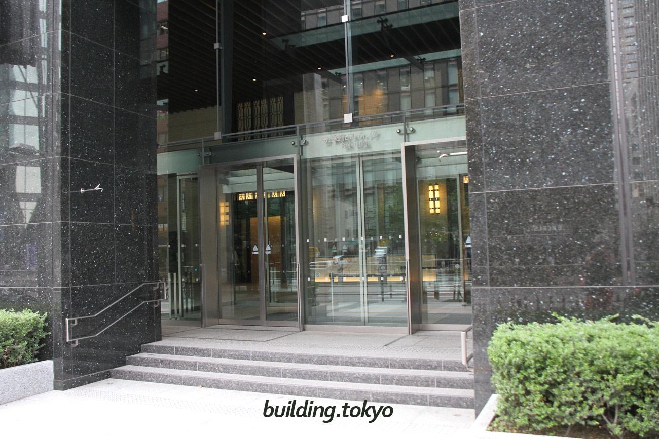 鉄鋼ビルディング。